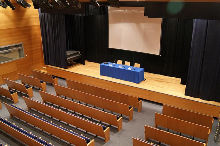 centro-de-congresos-joaquin-roncal-zaragoza